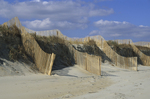 Sand fences for beach protection