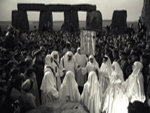 Druids celebrate summer solstice at Stonehenge