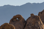 North America, USA, California, Sierra Nevadas, Alabama Hills, heart arch