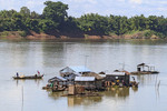 Floating Vietnamese fishing village at the southern tip of Koh Trong Island across the Mekong River from Kratie, Cambodia.