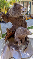 There ARE alot of bears at Mammoth Lakes, CA. Here's a statue in the village to prove it.