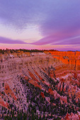First rays of sun on Bryce Canyon, Sunrise Point