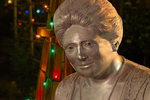 Statue of Mina Miller Edison (1896-1947) with Christmas lights