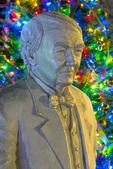 Statue of Thomas Edison by D.J. Wilkins, Christmas tree