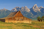 Moulton Barn, Mormon Row Historic District, Antelope Flats, Teton Mountain Range, Jackson Hole, Grand Teton National Park, Wyoming