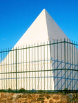 Hunt's Tomb, White Pyramid Monument, Egyptian Revival Architecture, Papago Park, Phoenix, Arizona