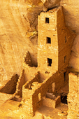 Square Tower House Ruins, Ancestral Puebloan Anasazi Cliff Dwelling, Mesa Verde National Park, Colorado