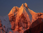 Sunset on Nevado Jirishanca