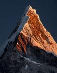 Nevado Artesonraju sunset