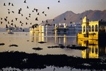 Udaipur's Lake Palace Hotel (formerly Jag Niwas Palace) in Lake Piccola (Pichola) at dawn