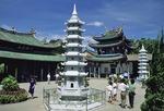Xiamen's Nan Putuo Buddhist Temple