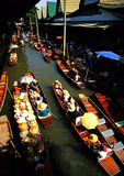 Bangkok's floating Market at Damnern Saduak