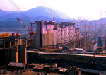New Yangtze Three Gorges Dam under construction
