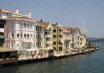 Istanbul resort lodging and dining along European side of Bosphorus