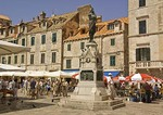 Dubrovnik Old Town, tourists in Gundulic's Square