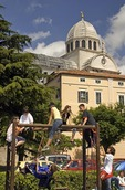 Children playing next to Sibenik's Cathedral of Saint James