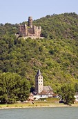 Mouse Castle, Burg Maus, overlooking village of Wellmich on middle Rhine River