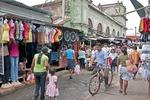 Granada municipal market shoppers