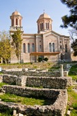 Constanta, Romania: Holy Apostle Peter and Paul Romanian Orthodox Episcopal Cathedral with 1st century Roman ruin of ancient city of Tomis residences