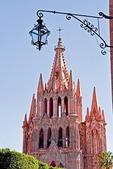 San Miguel de Allende's gothic La Parroquia de San Miguel Arcangel (Church of St. Michael the Archangel)