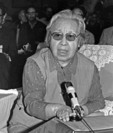 Writer Ding Ling speaking in Beijing in 1984.