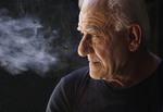 Elderly smoker in Buenos Aires, Argentina.
