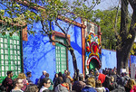 Crowd waiting to enter the Frida Kahlo Museum, Casa de Azul (Blue House), in Mexico City.