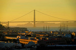 San Francisco Golden Gate Bridge at dusk.