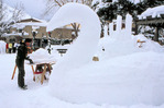 Snow sculptor Bernie Boettcher working on the Swan-Cicle, Aspen, Colorado, January, 2008