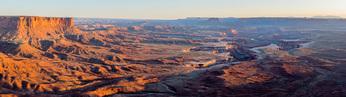 Green River Overlook panorama at sunset, Canyonlands National Park, Utah