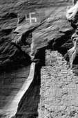 Migration pictograph above Antelope House Ruin in Canyon del Muerto, Canyon de Chelly National Monument, Arizona