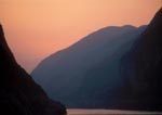 China, sunrise on the Yangtze River, Three Gorges