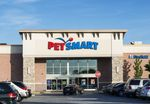 Pet Smart store, New Jersey, USA