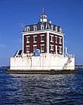 New London Ledge Light, Long Island Sound