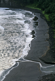 Pololu Black Sand Beach &amp; Pacific surf, Big Island, Hawaii