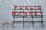 Sign atop Pike Place Market in a rare snowstorm, downtown Seattle, Washington State, USA, Seattle_Snowfall-60 [NOTE: For editorial use only]