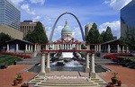 65012-09910 Kiener Plaza Morton D. May Amphitheater, old Courthouse & Arch (Jefferson National Memorial Expansion) in downtown St Louis  MO