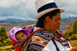 Maras; farming, corn husk weaving, baskets, Andes Mountains; Peru, South America, Peru40250.CR2