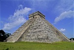 TEMPLE OF KUKULCAN (EL CASTILLO), CHICHÉN ITZÁ, YUCATÁN, MEXICO