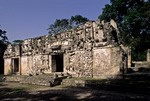 PALACE OF ITZAMNA, CHICANNA, CAMPECHE, MEXICO