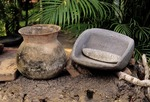 JAR & METATE WITH MANO, COLIMA CULTURE, LOS ORTICES, COLIMA, MEXICO