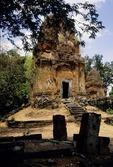 BRICK TOWER, BAKONG, ROLOUS, CAMBODIA