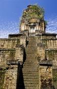 THE SOLITARY KHMER MASTERPIECE, BAKSEI CHAMKRONG, CAMBODIA