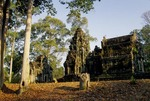 CENTRAL SANCTUARY & ENTRY TOWER, THOMMANON, ANGKOR, CAMBODIA