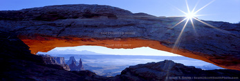 Canyonlands National Park, Utah. USA. Mesa Arch. Island in the Sky.