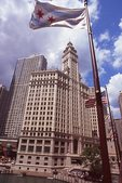 The Wrigley Building (1921-24) and the Chicago River