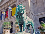 Chicago Art Institute, bronze lion statue