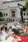 Family enjoys a Jazz Picnic at the Cincinnati Art Museum, Jazz Picnic in the Courtyard