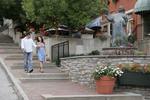 Ohio, Cincinnati, Mount Adams Historic Neighborhood, couple, hill, steps, statue, fountain,