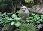 SHADE GADEN WITH HOSTAS AND CAT STATUE